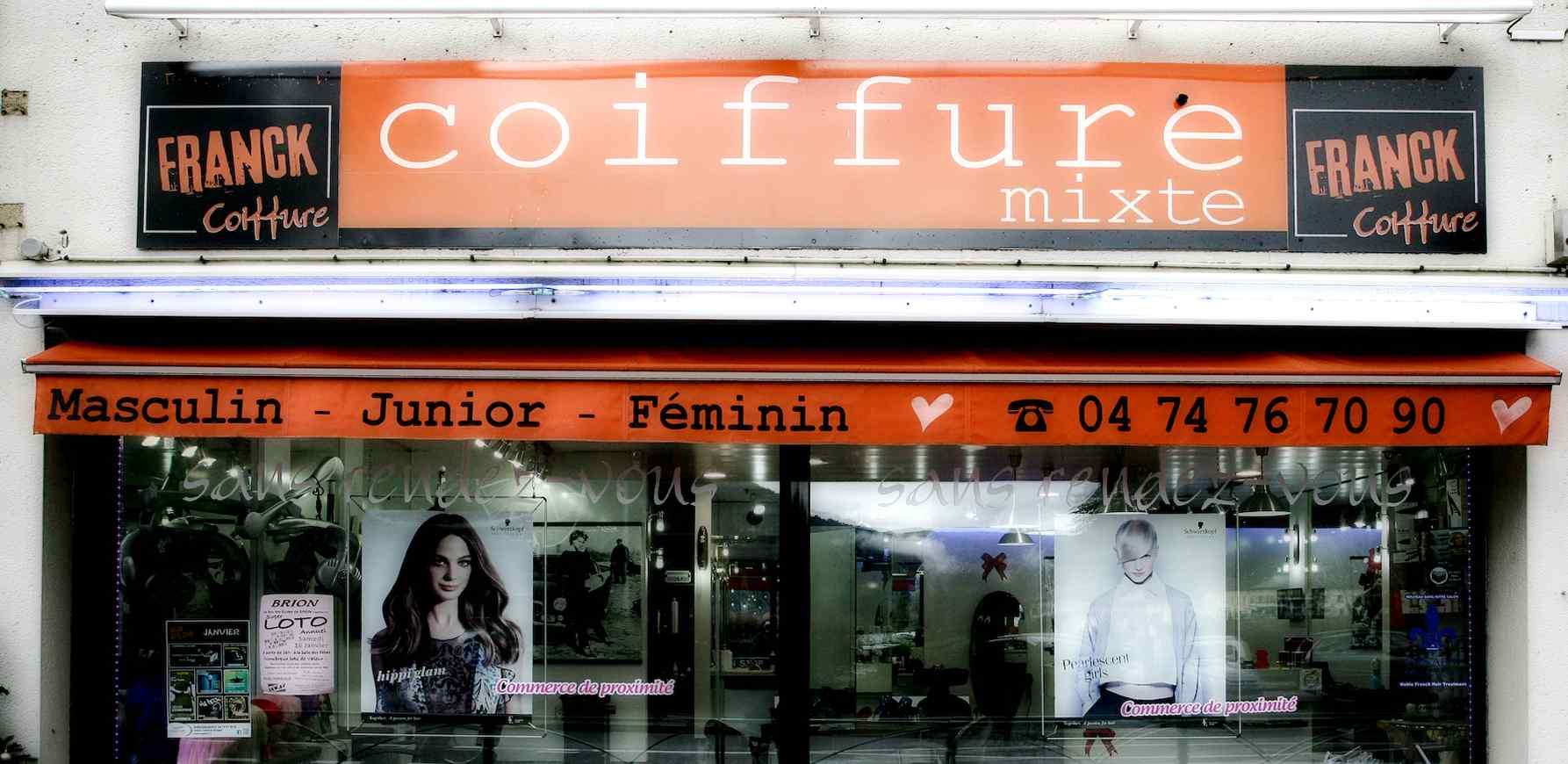 Salon coiffure vue extérieure